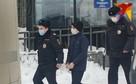 Видео следственного эксперимента: 16-летний подросток показал, как убивал свою семью в Пермском крае