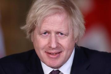 Британский премьер и его невеста ищут деньги на ремонт служебной квартиры
