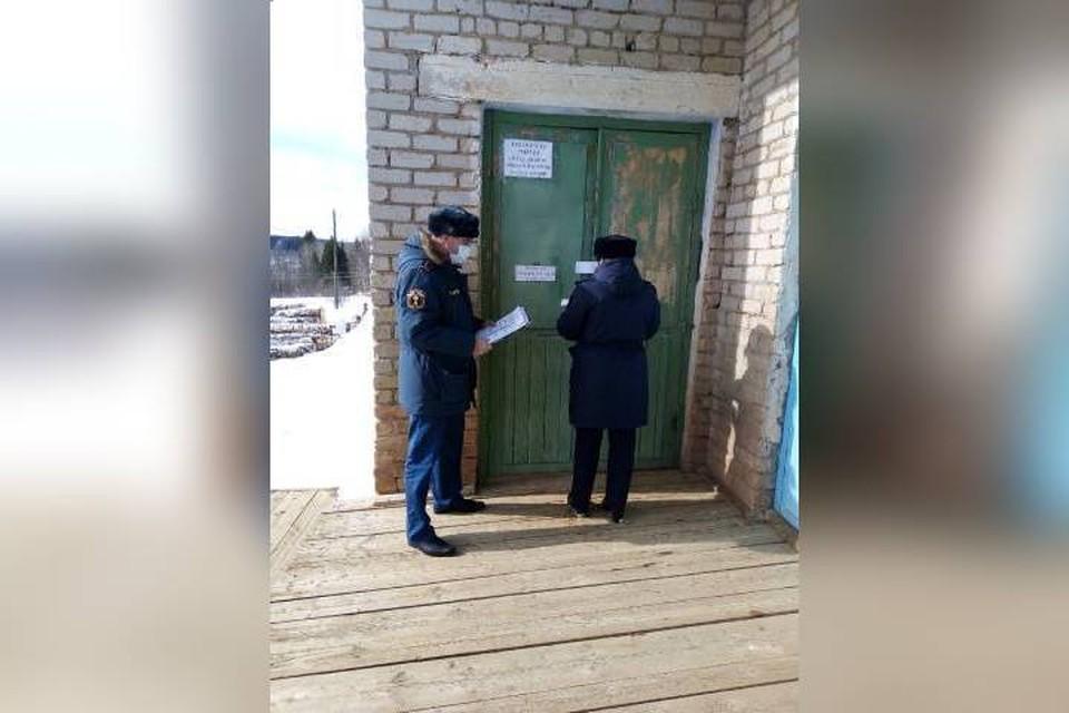 В Фаленском районе временно прекратили свою работу несколько домов культуры и библиотек. Фото: r43.fssp.gov.ru.