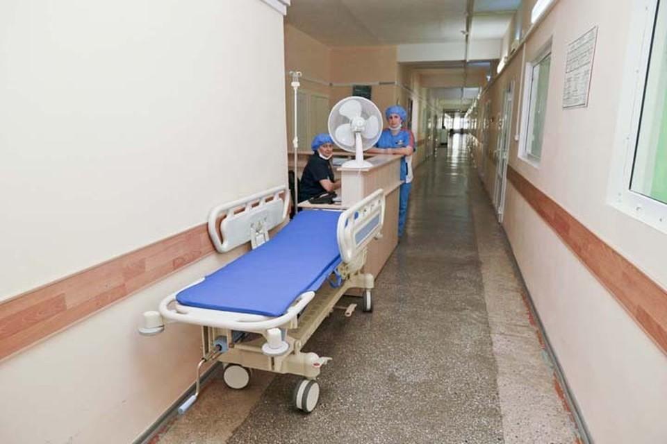В ковидных госпиталях в резерве остается около 600 коек