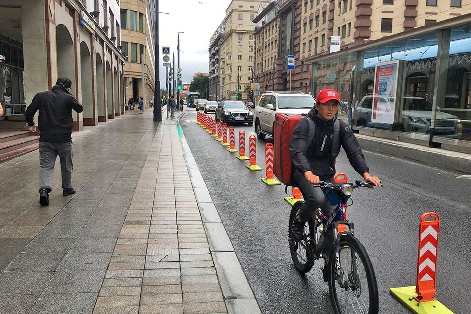 За время пандемии увеличилось количество велокурьеров.
