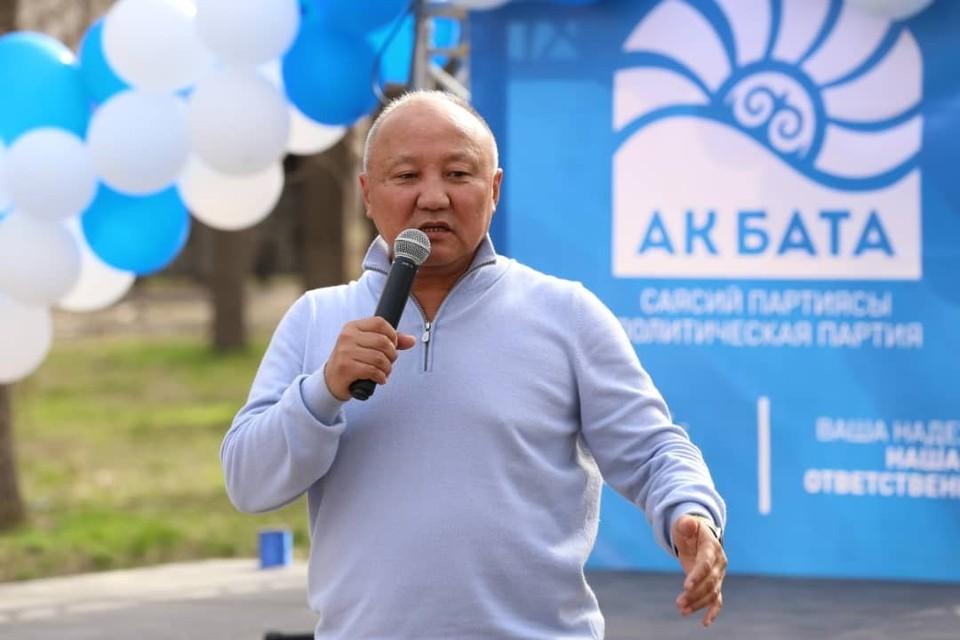 Нариман Тюлеев уверен, что с приходом его команды в Бишкекский горкенеш, он сможет улучшить общую ситуацию на дорогах в течение 3-4 месяцев.