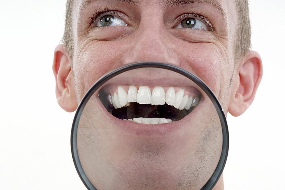 Одна минута смеха равна 40 минутам пробежки по своему положительному влиянию на работу сердца и легких.