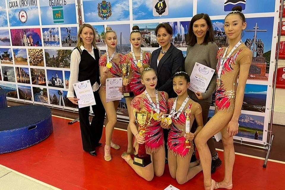 Хабаровские гимнастки завоевали два золота и одно серебро во Владивостоке. Фото СШ «Олимпия»