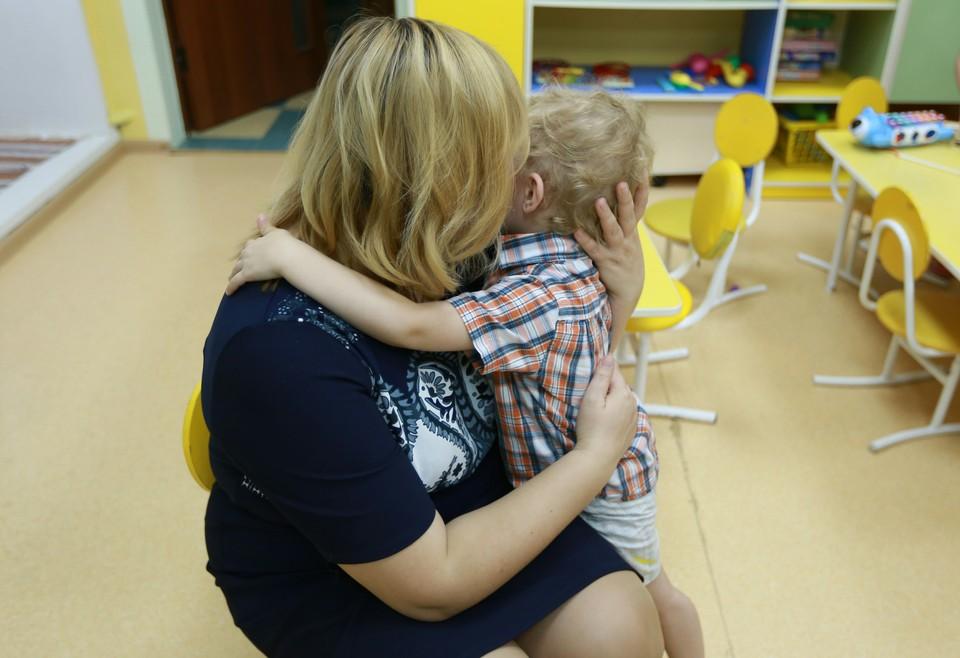 По словам матери, малыша отправили домой одного.