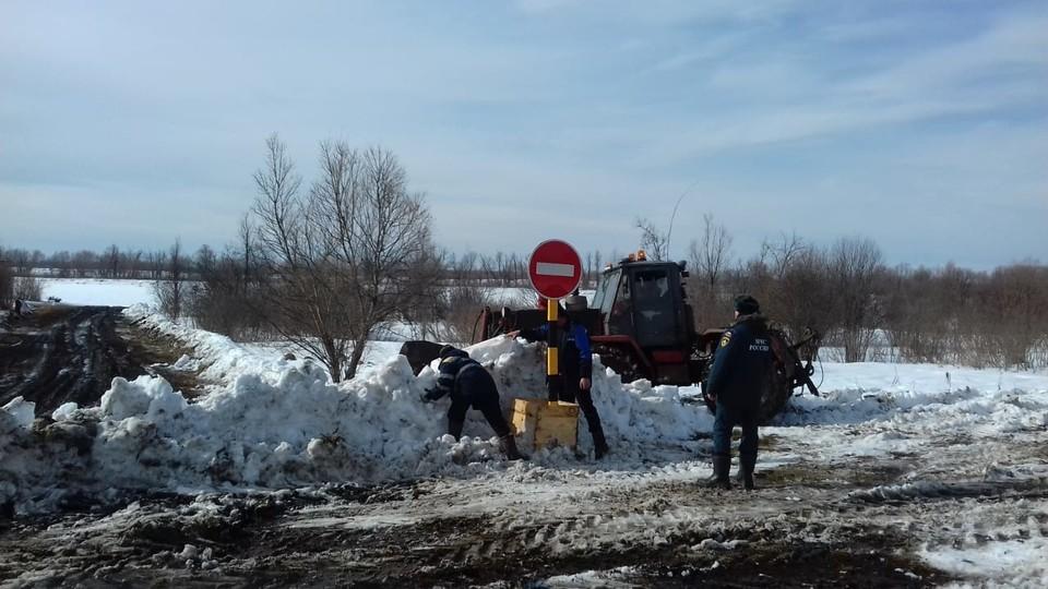В Омской области перестали действовать все зимние переправы. Фото: ГУ МЧС по Омской области