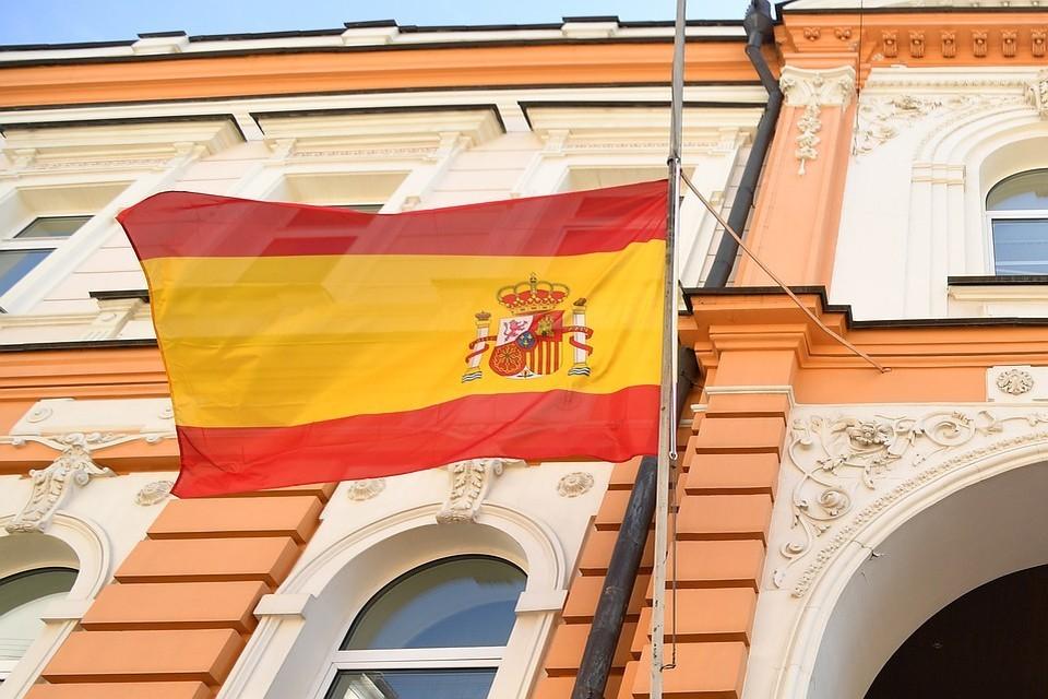Большинство испанцев выступили против въезда в страну иностранцев