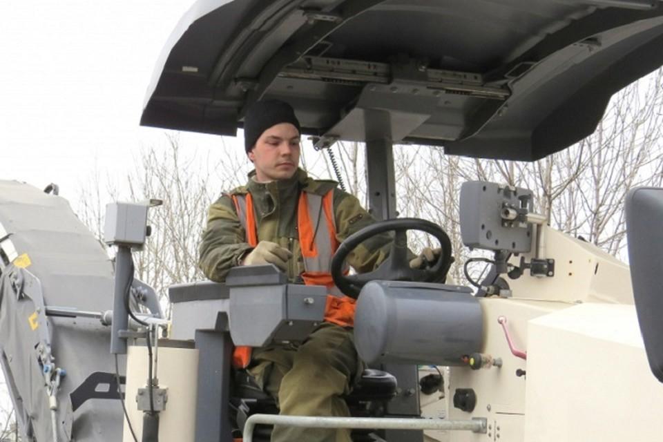 В Хабаровске начался ямочный ремонт дорог
