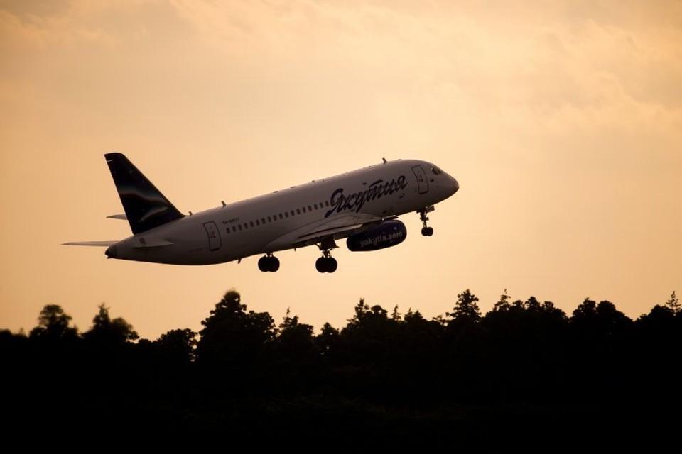 """В аэропорту Якутска совершил жесткую посадку Sukhoi Superjet 100. Фото: авиакомпания """"Якутия"""""""