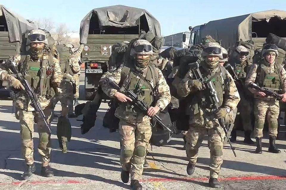 Подразделения Актауского и Атырауского гарнизонов были приведены в высшую степень боеготовности.