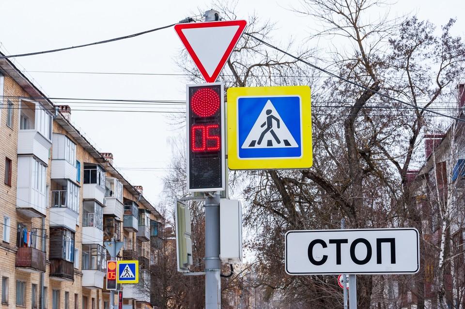 На трех улицах Орла до 13 апреля ограничат движения из-за спила деревьев