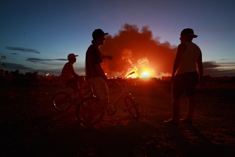 На заводе Pemex в Мексике вспыхнул пожар