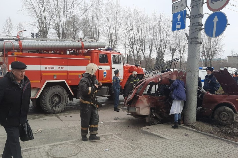 В Новосибирске произошло ДТП, в котором погибли два человека. Фото: Госавтоинспекция по Новосибирску