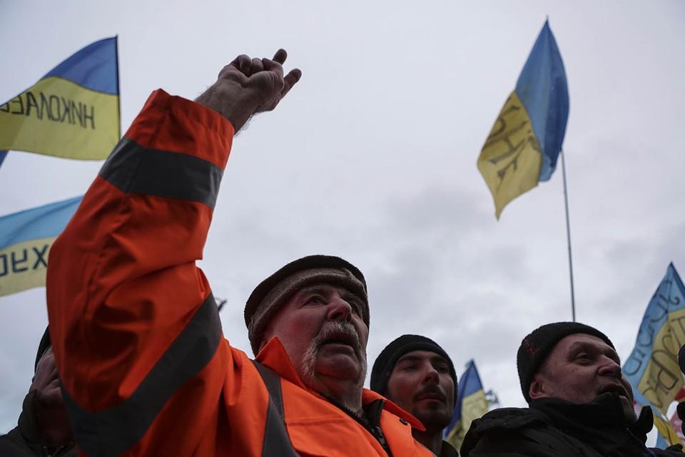 Экс-глава украинской контрразведки возмутился платежами Украины в «бюджеты России и Белоруссии»