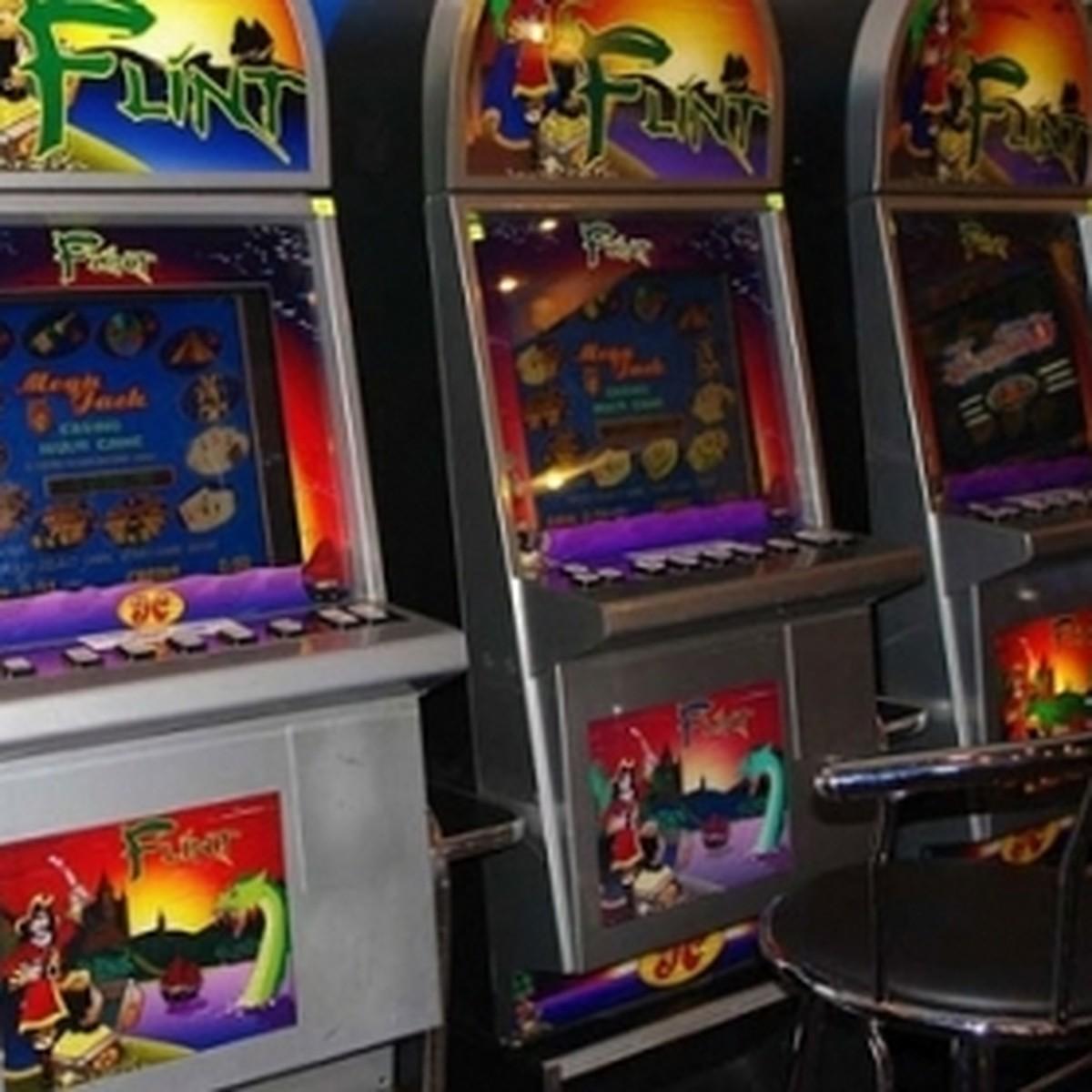 Игровые автоматы в орле адреса спец серия где в карты играли