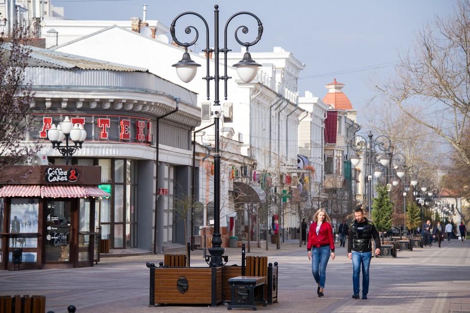 В 2020 году Крым получил от Москвы 896 миллионов рублей. Планировалось, что большая часть будет потрачена на благоустройство республики.