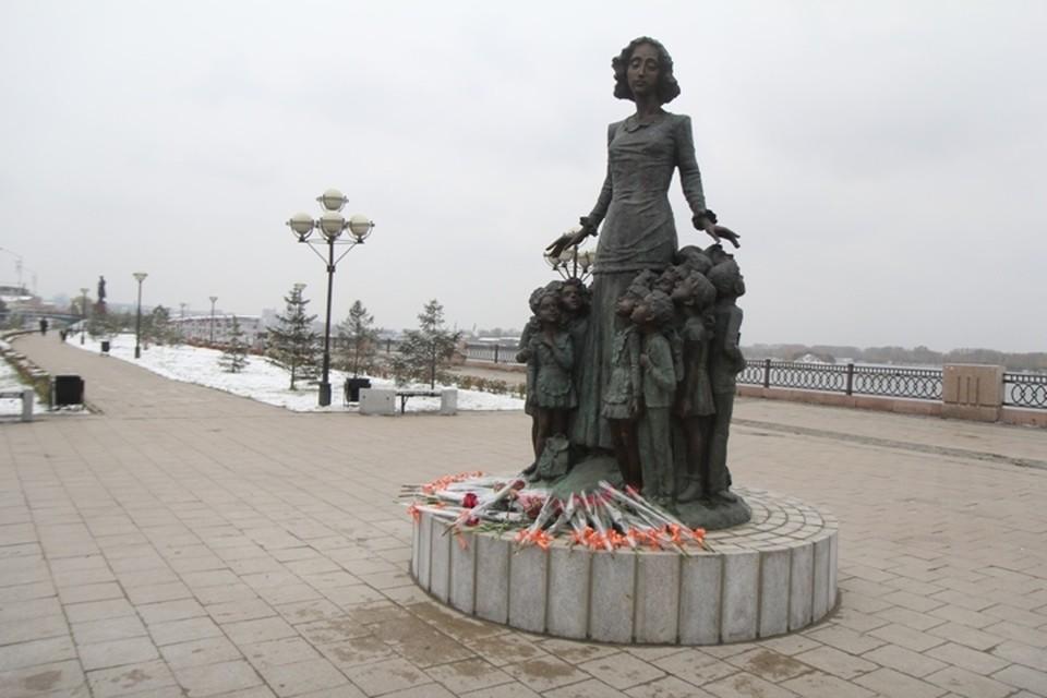 В Иркутске помоют 35 памятников и 5 арт-объектов