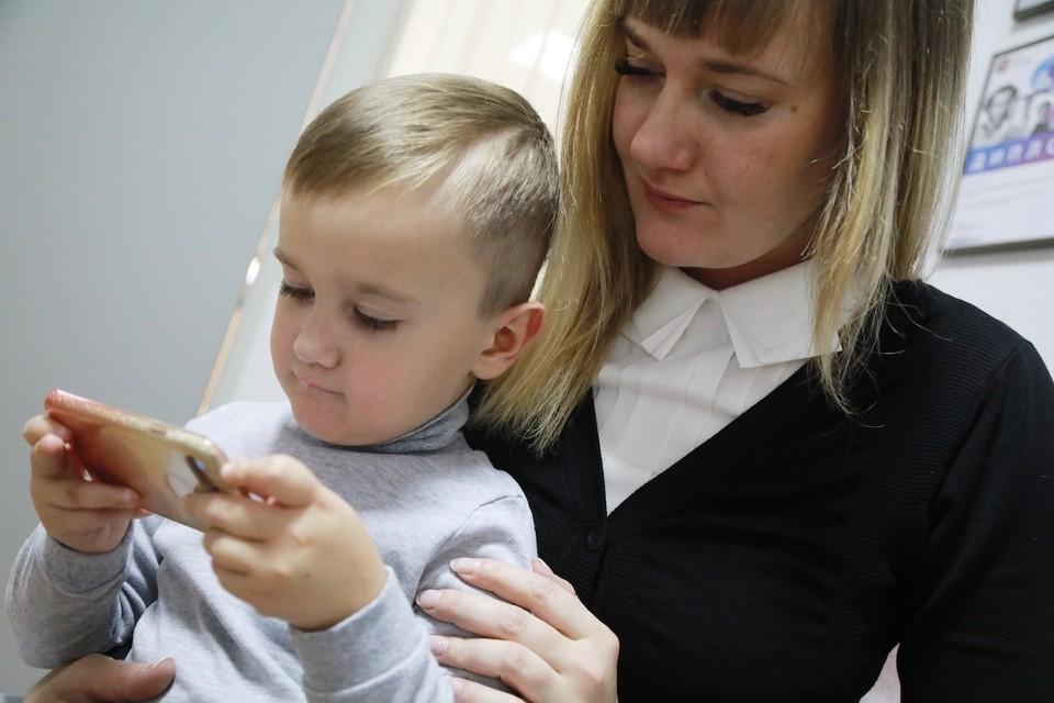 """В течение года в сервисе """"Социальный мониторинг"""" зарегистрировались более 600 тысяч москвичей."""