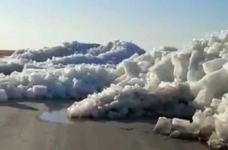 Даже ученые не смогли отличить дорогу в Казахстане с комсомольской трассой