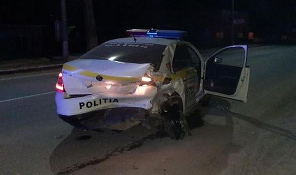 Ночное ДТП в Бельцах. Фото: Politia Republicii Moldova