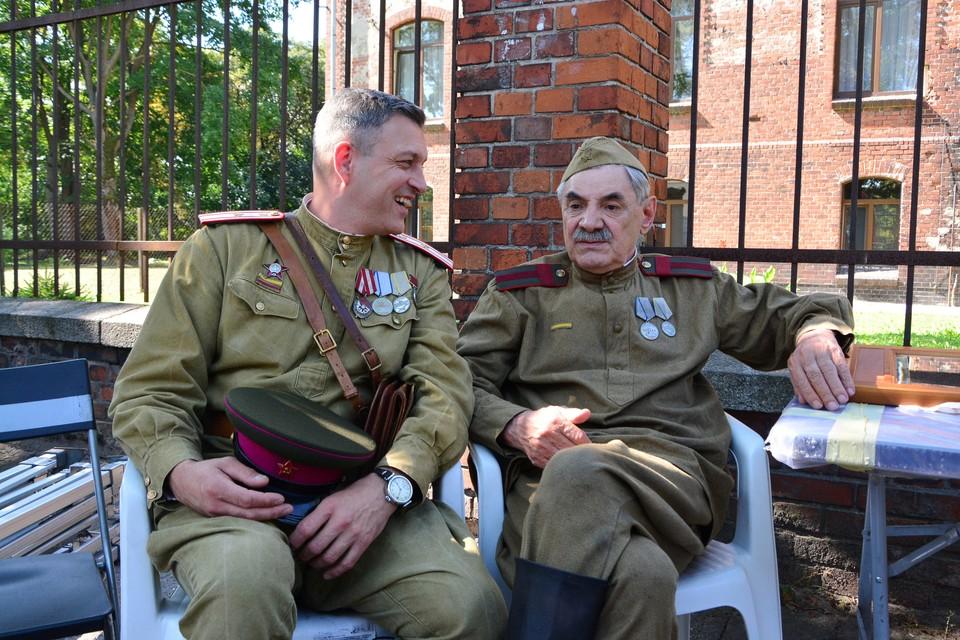 Евгений Воловенко и Александр Панкратов-Черный.