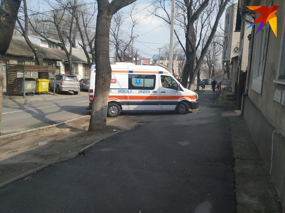 Сегодня скорую помошь в Кишиневе можно встретить так же часто, как такси