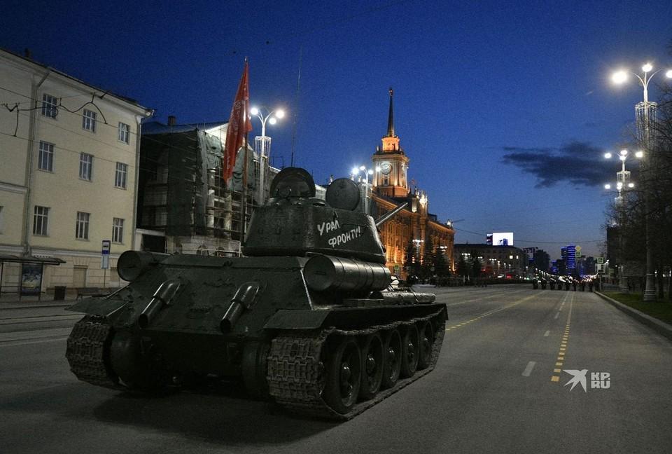 Танк Т-34 во время парада пойдет во главе колонны техники.