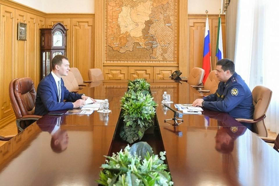 Глава региона и начальник УФСИН обсудили ресоциализацию заключенных в Хабаровском крае