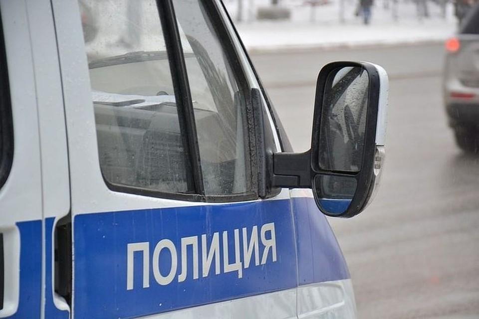 Полицейские устанавливают все обстоятельства этой трагедии.