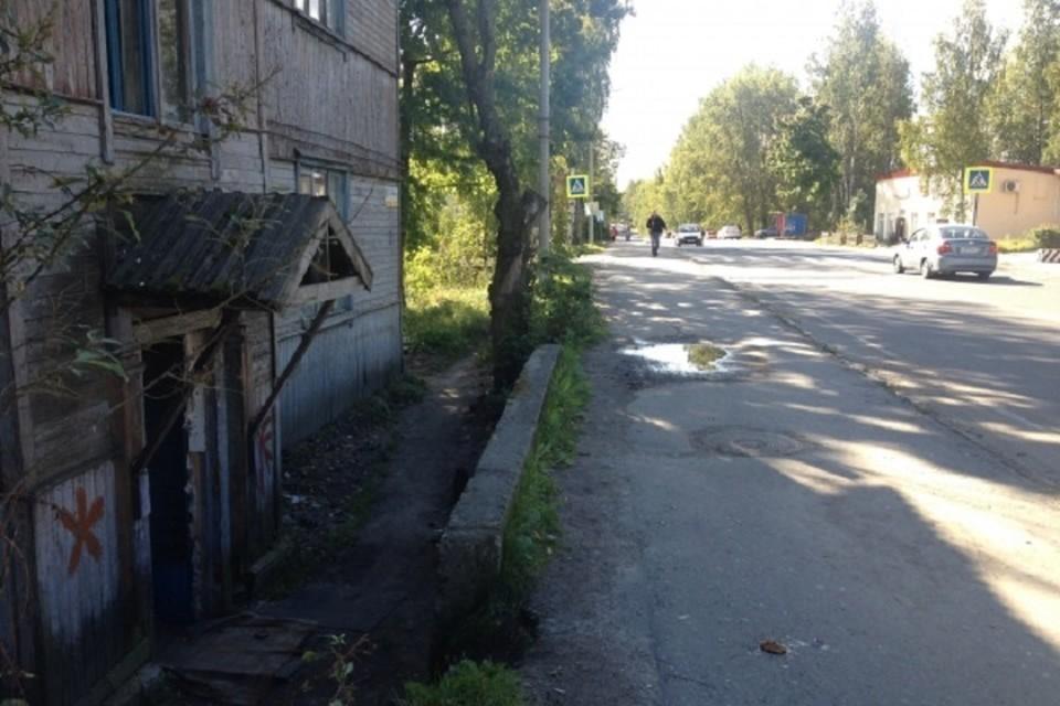 Следователи заинтересовались инцидентом о матери пятерых детей, которую не переселили из аварийного жилья в Хабаровском крае