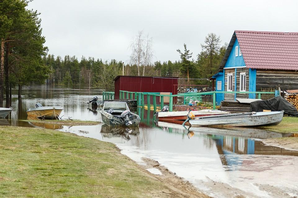Село Среднее Бугаево Усть-Цилемского района. Весна 2020 года.