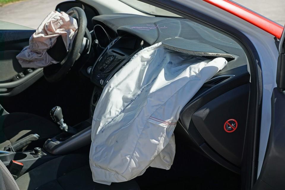Водитель УАЗ в состоянии алкогольного опьянения сбил четырех школьниц, две из них позже скончались