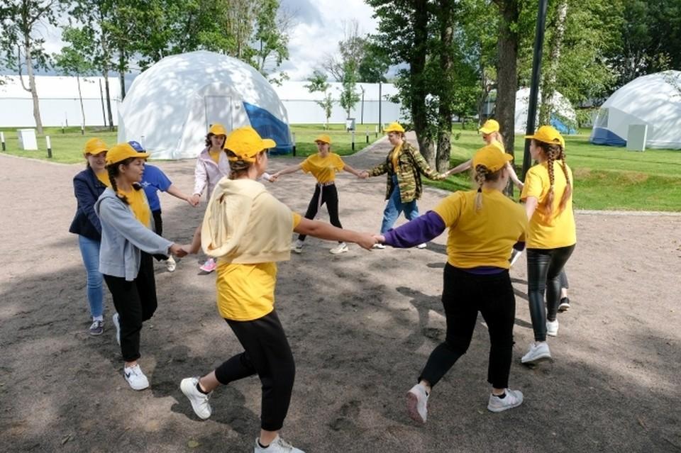 Компенсация половины стоимости путевок в детские лагеря начнет действовать в России в мае 2021 года