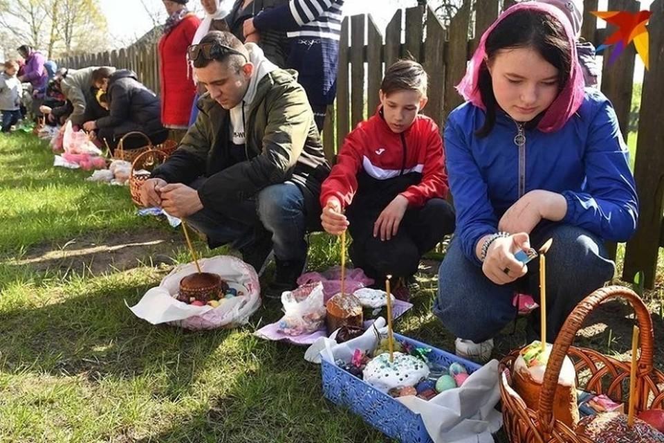 На Пасху православные освящают куличи.