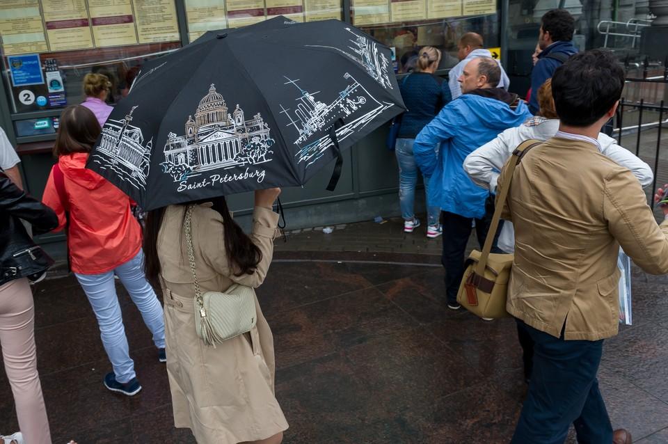 Петербург ждет неделя дождей и прохладной погоды.