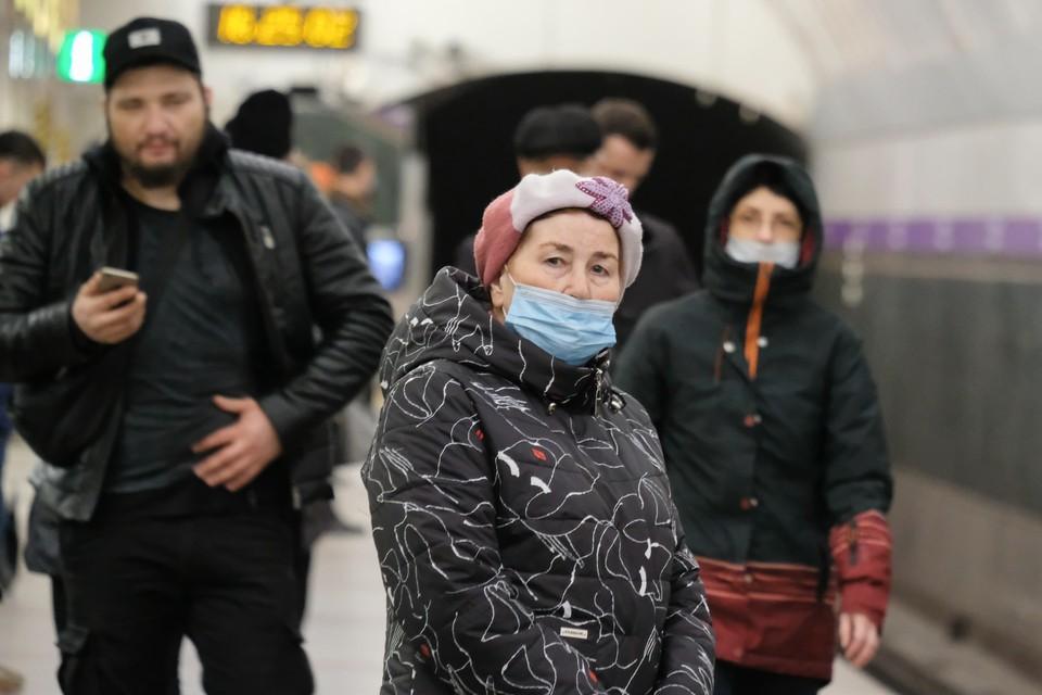 В Петербурге на 4,82 % увеличилось количество больных коронавирусом