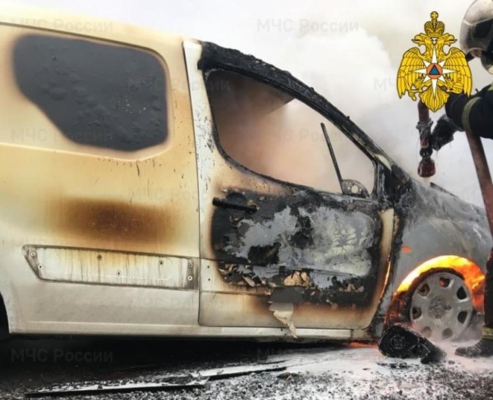 Пожар автомобиля на 96 км трассы М3 «Украина»