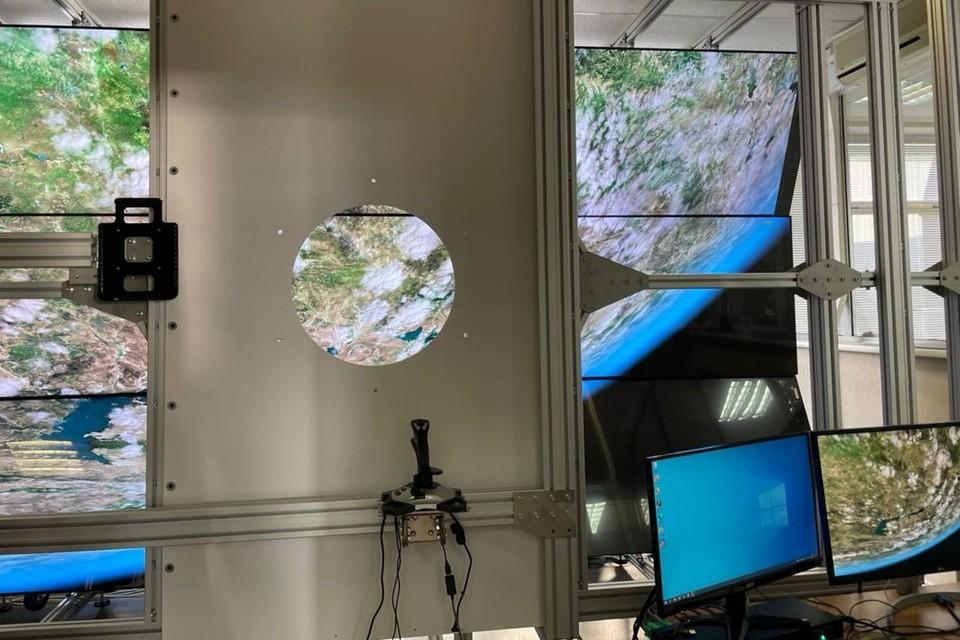 Так выглядит современный тренажер для космических фотографов. Фото: Ирина ТРАВИНА.