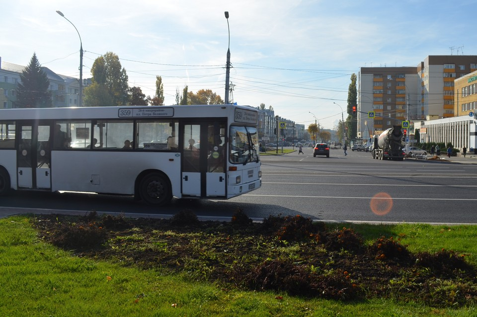 В Липецке 6 и 9 мая изменятся схемы движения 17-ти автобусов