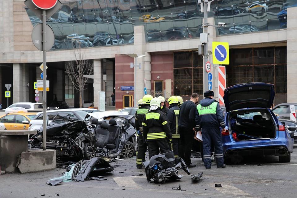 Громкой аварии в центре Москвы с участием блогера Эдварда Била уже почти полтора месяца.
