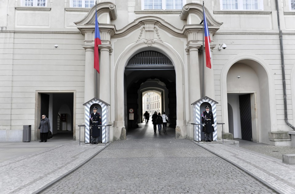 В Чехии арендатор складов во Врбетице заявил о пропаже арсенала оружия после взрыва
