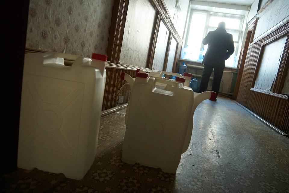 Без холодной воды остались жители шести домов на Заводской улице