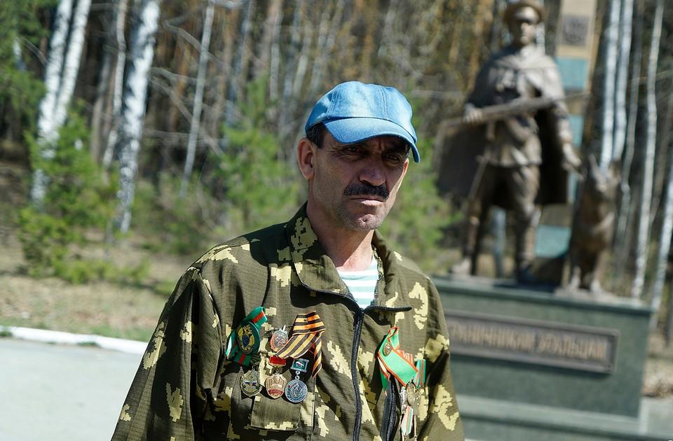 Мало кто в Екатеринбурге догадывается, что за плечами гастарбайтера Мирбако - героическое прошлое.