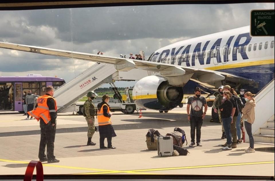 Департамент авиации РБ: в тот день аэропорт Гродно не работал, поэтому самолет Ryanair принять не смог. Как такое может быть? Фото: delfi.lt.