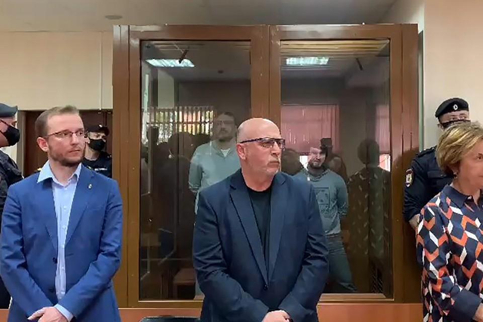 Экс-чемпион Магомед Исмаилов получил 16 лет колонии строгого режима, его более молодой «коллега» Эльдар Хамидов - 15