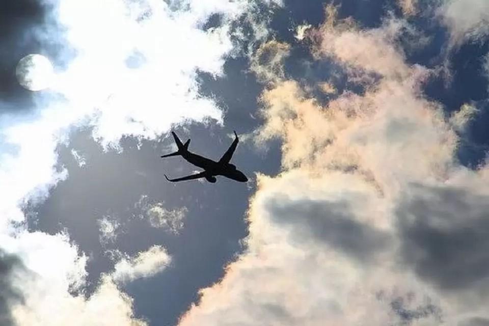 Трое мужчин устроил дебош в самолете «Петропавловск-Камчатский — Новосибирск».