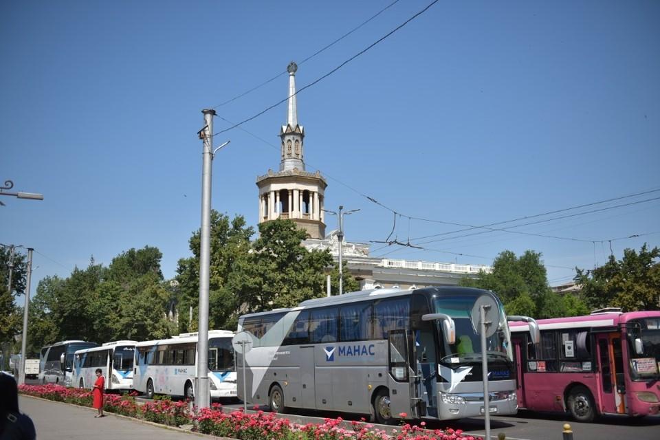 До разрешения ситуации дополнительный транспорт будет возить горожан по маршруту автобуса №100.