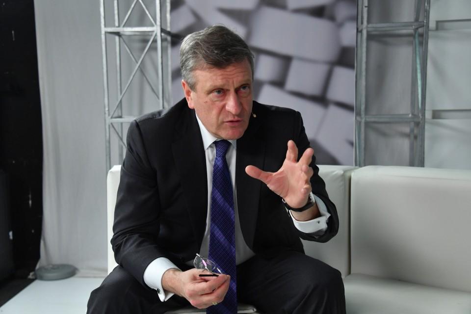 Губернатор Кировской области Игорь Васильев рассказал, что в строительстве учебных заведений необходимо применять новый подход.
