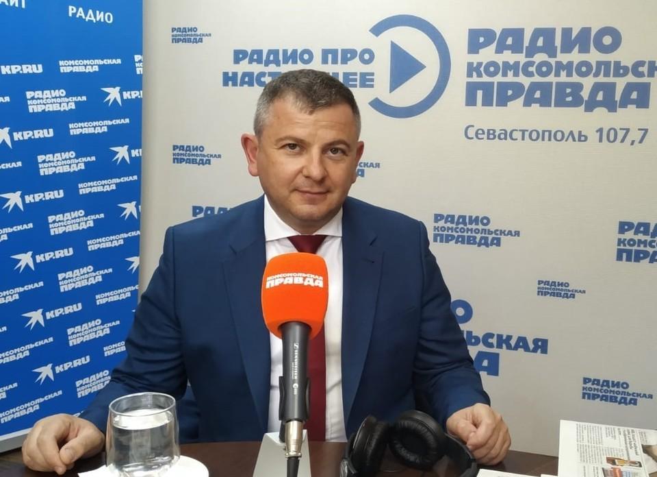 Глава департамента капитального строительства Илларион Гапицонов