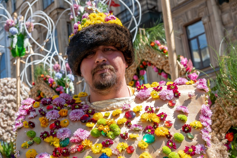 Фестиваль цветов перенесен на неопределенный срок.